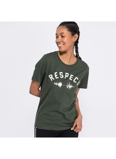 New Balance Tişört Yeşil